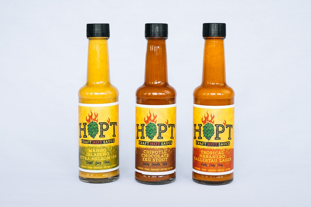 Hopt sauce bottles - Bottle photography
