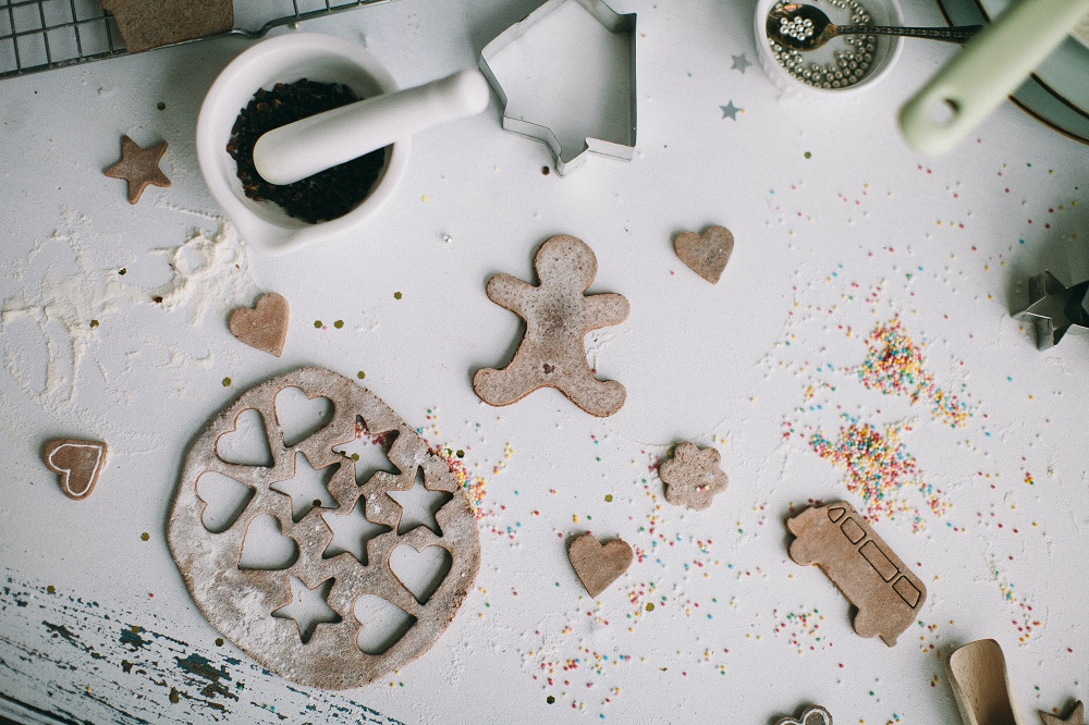 Making and baking gingerbread