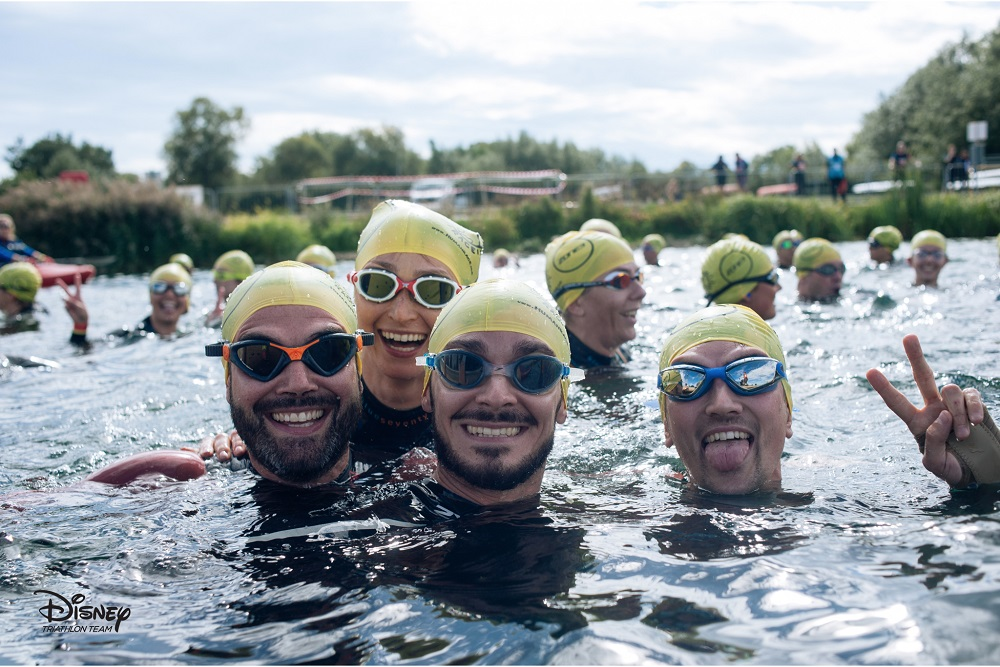 Smiling swimmers - Video marketing experts