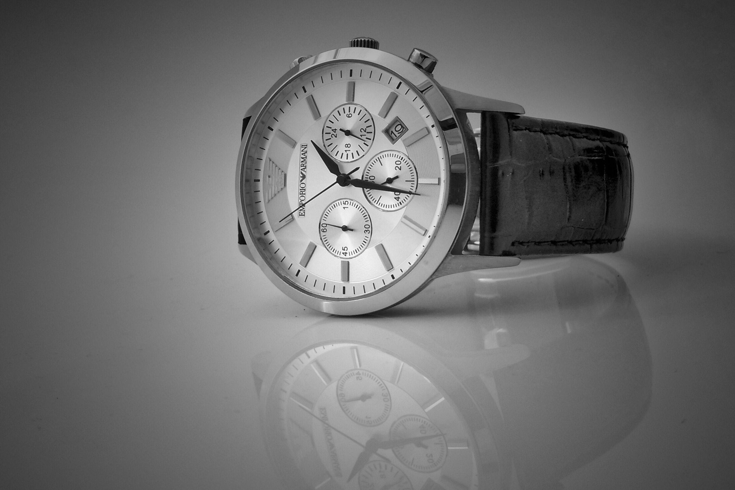 Quality product photograph - Watch with reflection