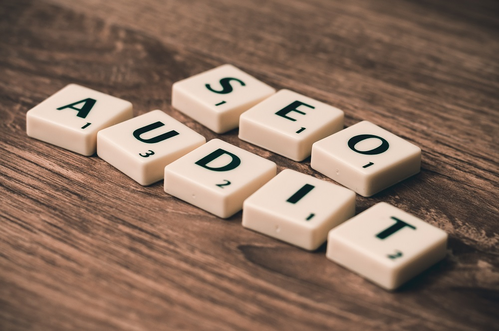 SEO audit sign in scrabble letters - Product SEO 2021