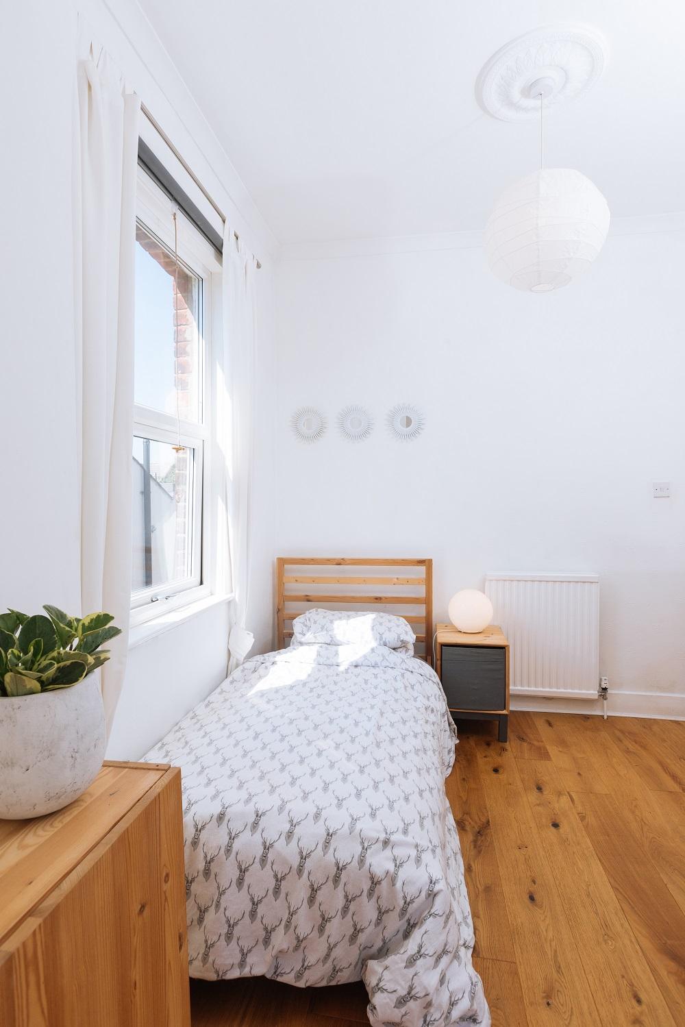 Single bedroom photo by Monica