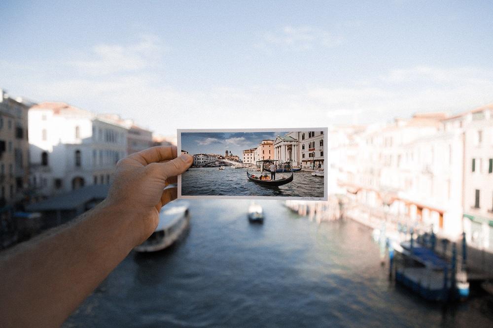 Travel photograph tips