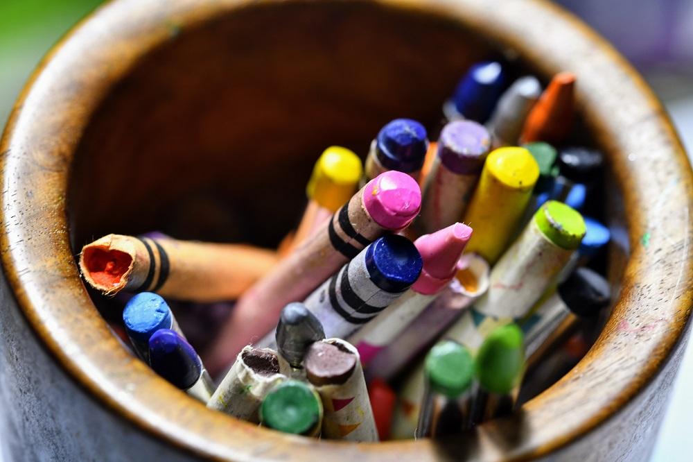 Marketing art clubs for children